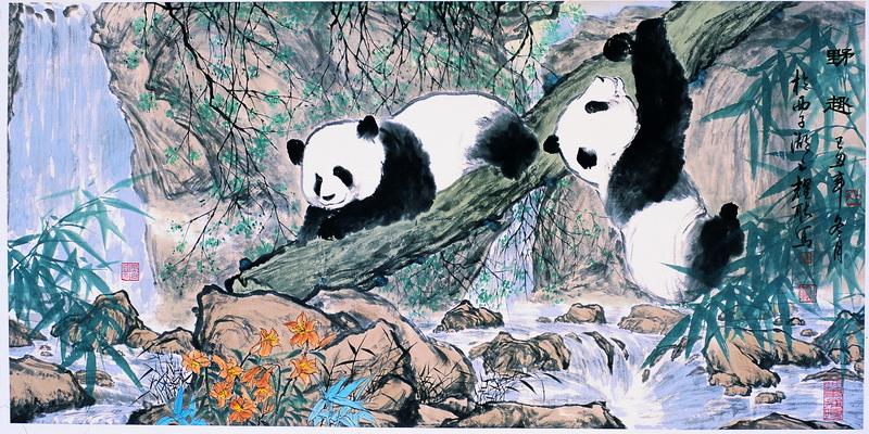 国画以人物,熊猫等见长,意境深远,形神兼备.书画作品曾多次获奖.